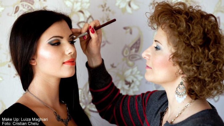 pret make-up artist Luiza Maghiari